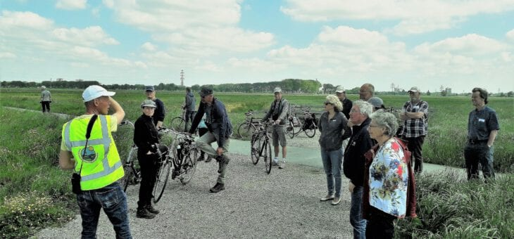 Geslaagde fietsexcursie naar de Binnenveldse Hooilanden